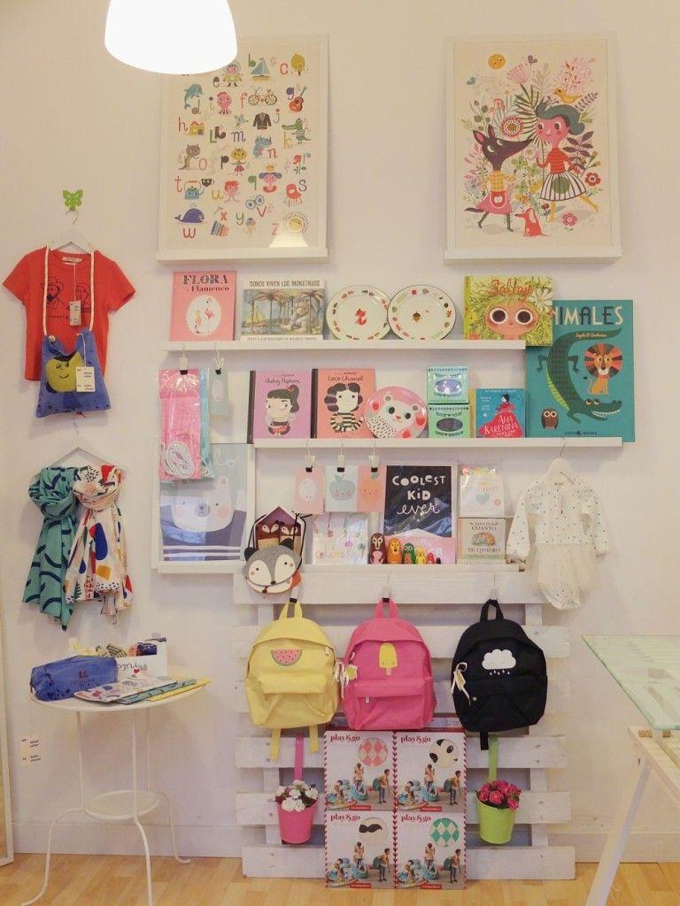 Escaparate semana santa jo mami kids tienda para ni os en gij n - Tiendas de decoracion infantil ...